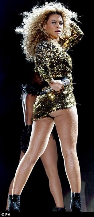 Katy Perry And Rihanna Duet