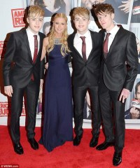 American Reunion Irish premiere: Jedward's brother Kevin ...