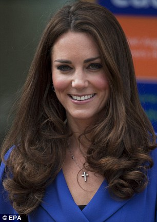 kate middleton forgive me your royal hairness but it s time for the chop daily mail online