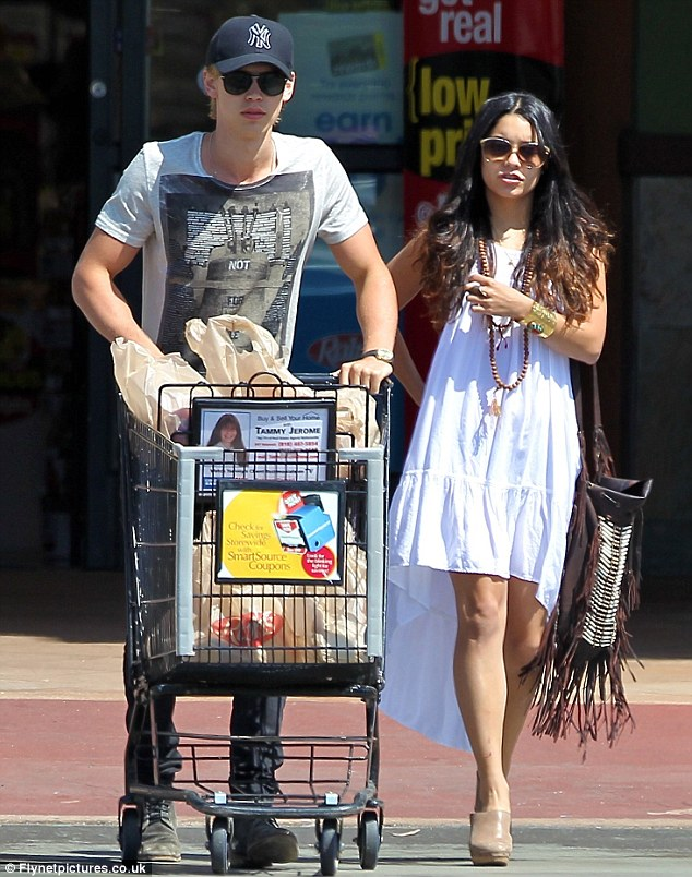 Shopping up a storm: Vanessa was spotted grocery shopping later in the day with boyfriend Austin Butler