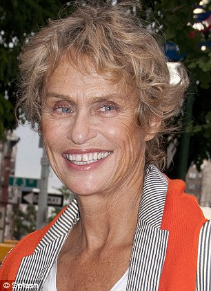 Lauren Hutton Admits She Hacked Off Own Locks Because Reading