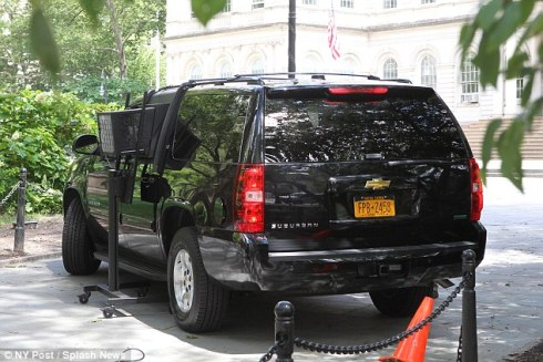 When set up, Mayor Bloomberg will never have to worry about exiting a cool City Hall into a warm SUV again