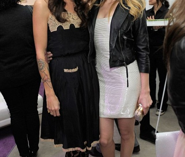 Amber Heard Right With Girlfriend Artist Tasya Van Ree Left
