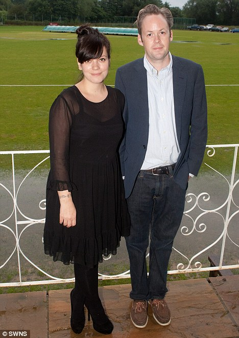 Amy Allen's Husband : allen's, husband, Allen, 'thrilled, Pregnant, Second, Child, Husband, Cooper', Daily, Online