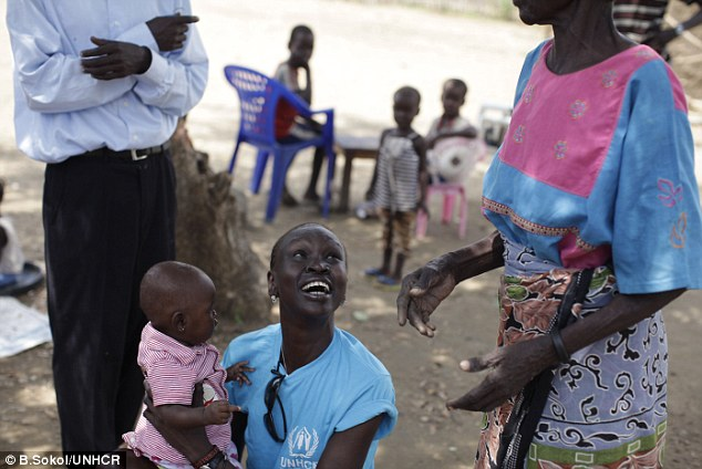 Supermodel Alek Wek visits refugee camp in South Sudan hometown to mark its independence | Daily Mail Online