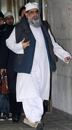 Free to go:  soft sentence again for muslim woman beater Abid Hussain leaving Manchester Crown Court where the Muslim preacher who tried to strangle his 16-year old daughter avoided jail