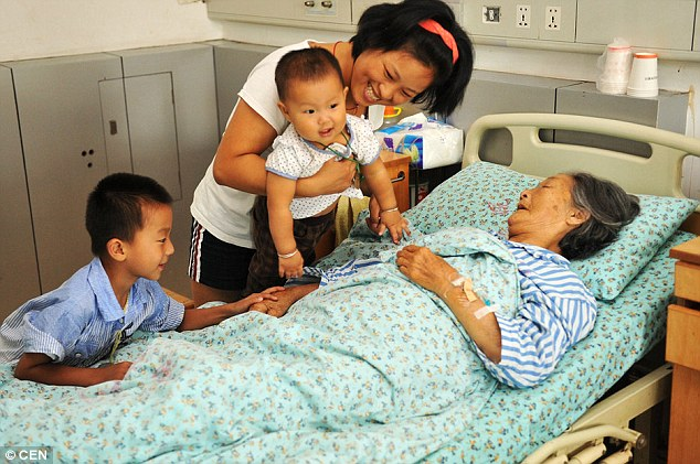 She is now dying from kidney failure and her husband died 17-years-ago. Lou said she loved watching the babies grow into healthy children