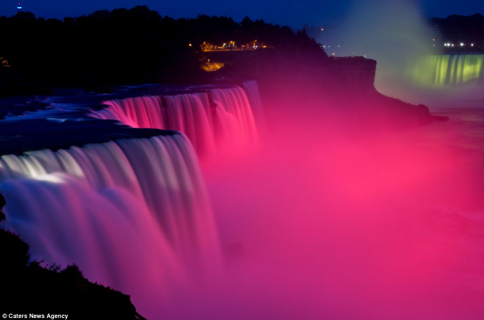 Water Fall Effect Wallpaper The World S Brightest Water Colours Magical Pictures Of