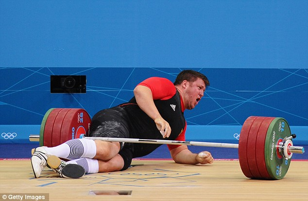 olympics 2018 german weightlifter matthias steiner drops