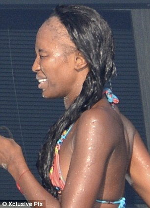 naomi campbell s shocking bald patches after years of relying on hair extensions daily mail online