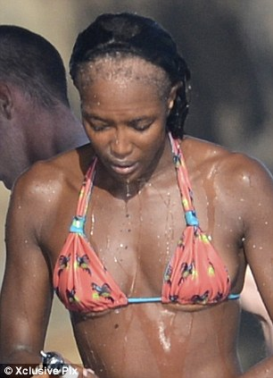 pictures of naomi campbell with shocking bald patches celebrities nigeria