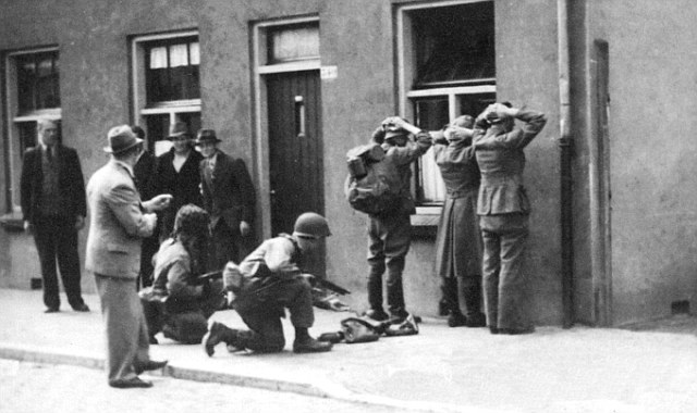 German troops captured by the American soldiers of the 101st Airbourne Division in Eindhoven