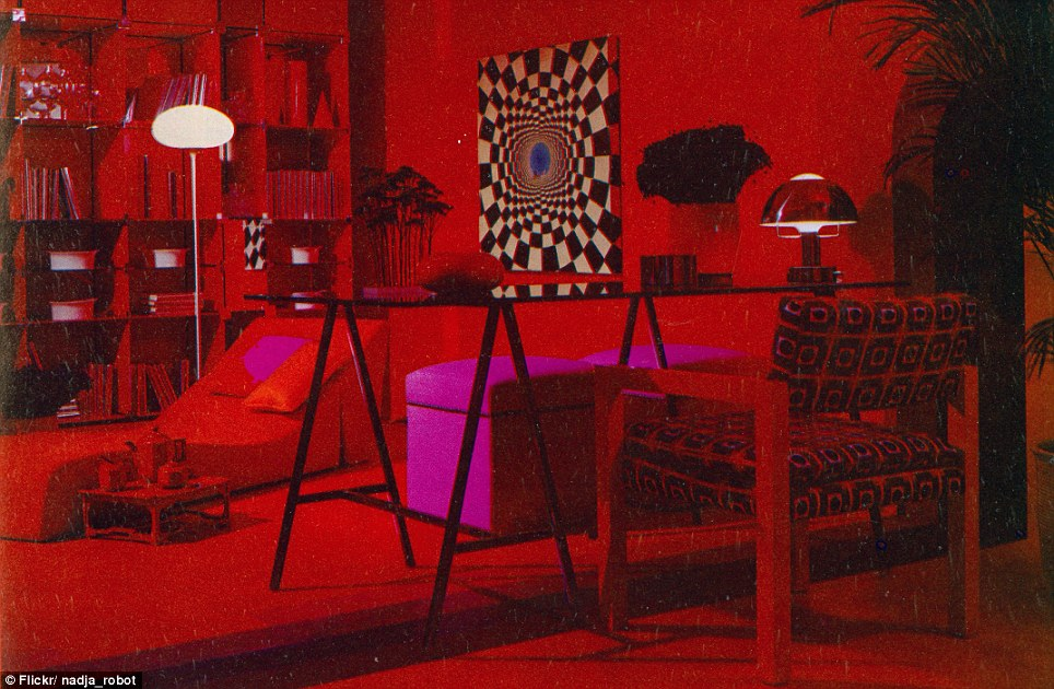 Eat your heart out Austin Powers The dizzying retro room