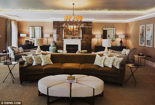 Living Rooms Of The Rich And Famous  The Drawing Room