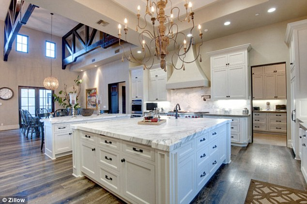 Aerial views of Britney Spears 85million Los Angeles home show sprawling property in full