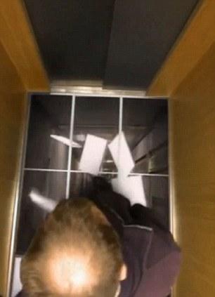 azulejos ascensor 1.jpg