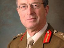 Defence chief raises concerns over cuts: Sir David ...