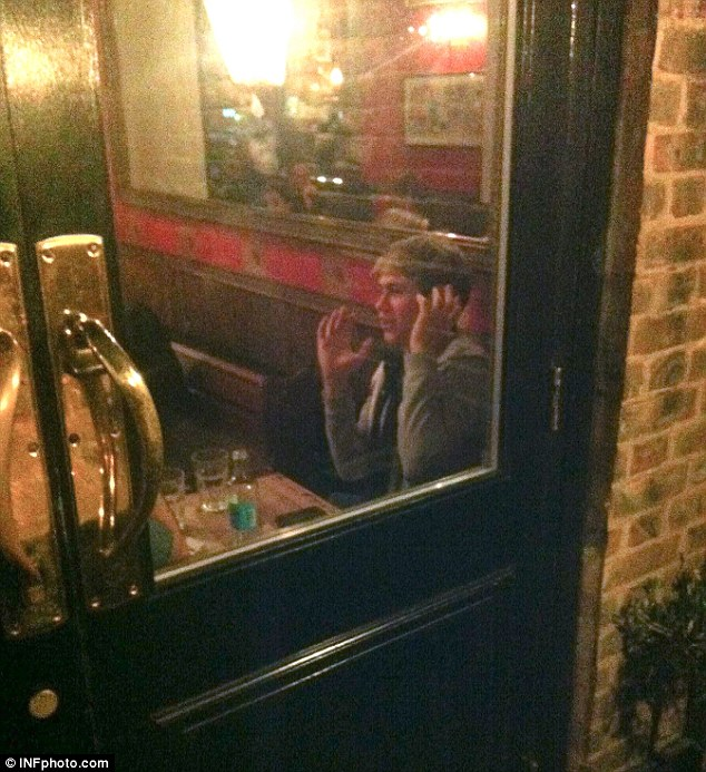 One Directions Niall Horan Caught Smoking And Drinking In