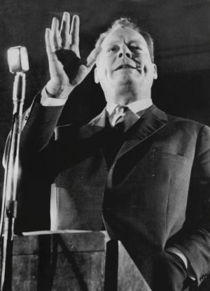 Revealed: Kissinger even discussed the possibility of a coup to overthrow the government of Chancellor Willy Brandt
