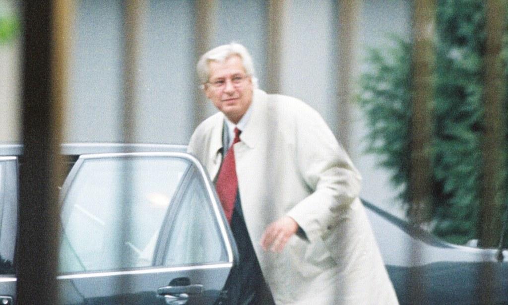 Aldi heir Berthold Albrecht dies leaving 11 billion