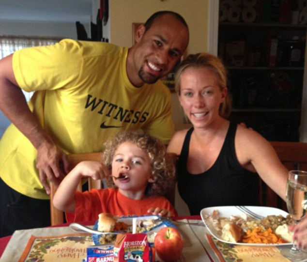 Turkey day! The happy family poses for breakfast over Thanksgiving weekend