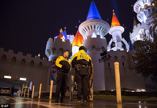 Excalibur hotel shooting Gunman shoots woman dead and