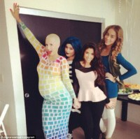 Amber Rose has blue themed baby shower as fianc Wiz ...