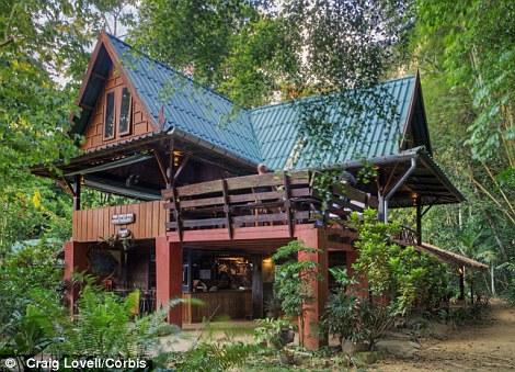 Eterra Samara Luxury tree house villas in Canadas Bruce