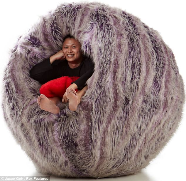Designer comes up with worlds first ever gigantic hairy