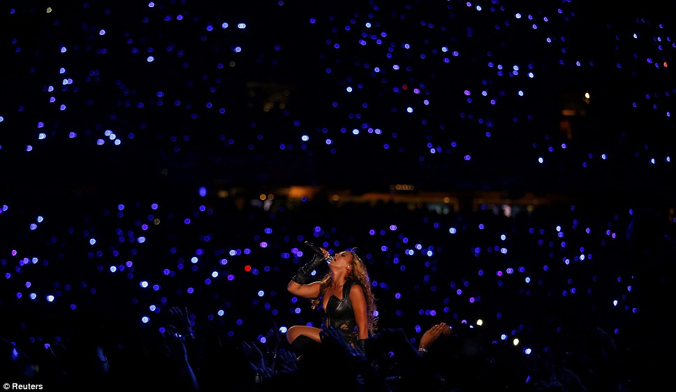 Ночь тысячи звезд: выступление Бейонсе пришла после того, как Alicia Keys и Дженнифер Хадсон спела перед старт