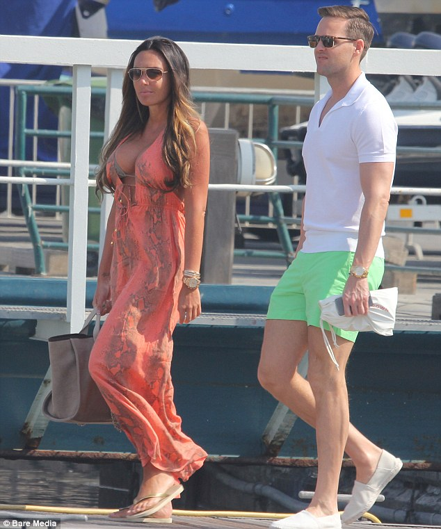 Time for some retail therapy: Tamara and her male pal looked in good spirits as they made their way to the shops