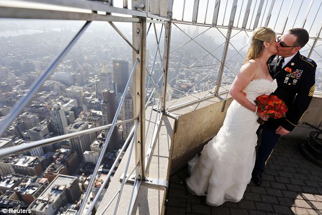 Wedding With A View Three Happy Couples Tie The Knot At