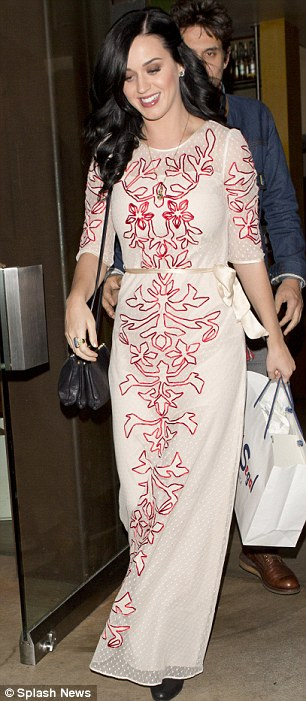 Katy Perry Opts For Full Length Glamour As John Mayer Goes