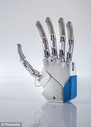 An Italian medical team aims to transplant the bionic hand to a patient in Rome later this year