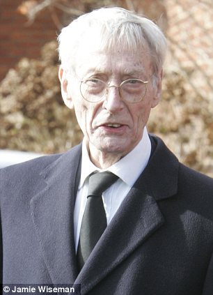 Ill health: Reynolds, pictured in 2007, was apparently ailing for some time before his death