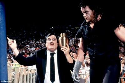 Resultado de imagen de undertaker and paul bearer