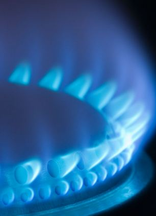 Britain's gas reserves could run out in 36 hours ¿ leaving the country dependent on costly foreign imports.