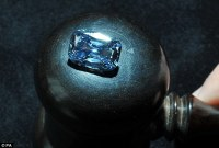 Rare five carat deep blue diamond ring goes under the ...