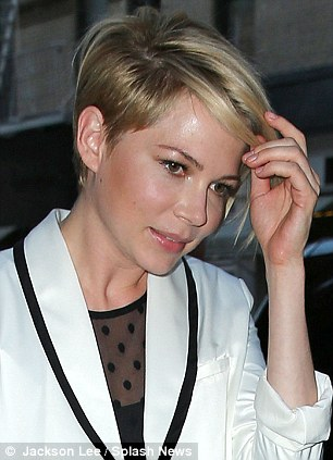 Michelle Williams Debuts New Edgy Haircut As She Bare Her