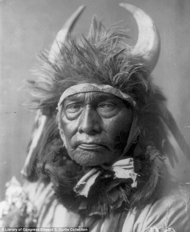Bull Chief, Apsaroke (Crow), ca. 1908