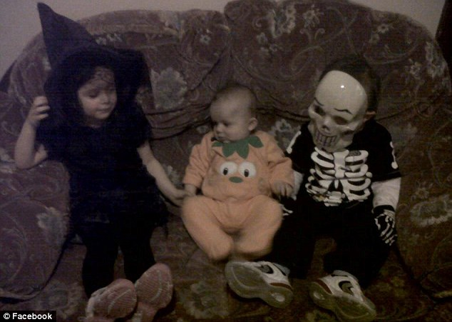 Happy siblings: Levina, Kyden and Addy in Halloween fancy dress