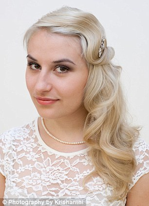 Great Gatsby Fever! Give Your Hair A Roaring Twenties Twist With