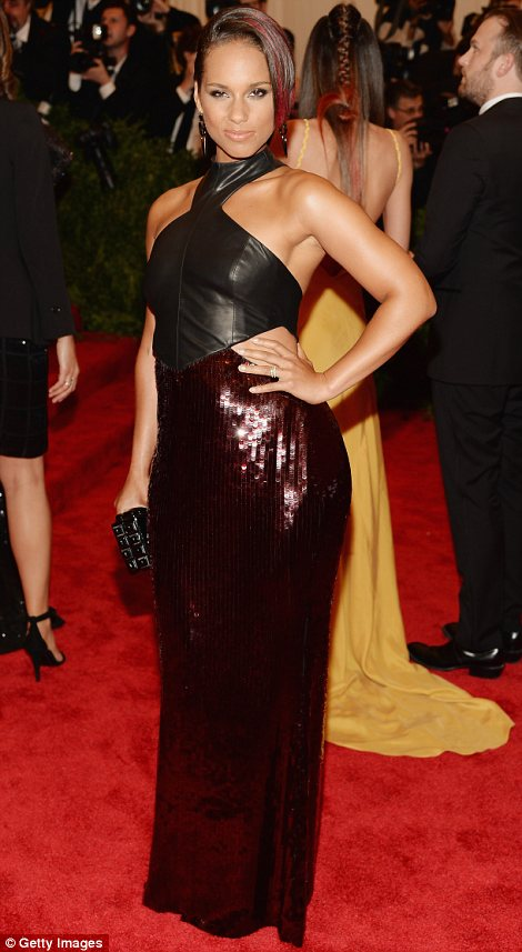 Lovely in leather: Eve and Alicia Keys took a page out of Doutzen's playbook and wore leather dresses