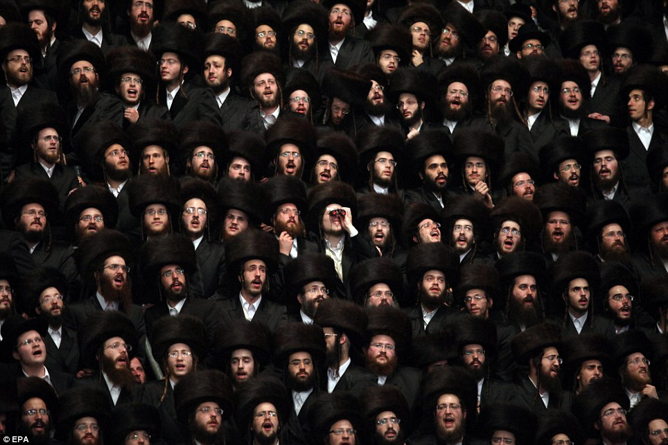 Emotional: Hasidim Ultra Orthodox Jews sing and chant during the wedding of the grandson of Beltz Rebbe in Jerusalem, Israel