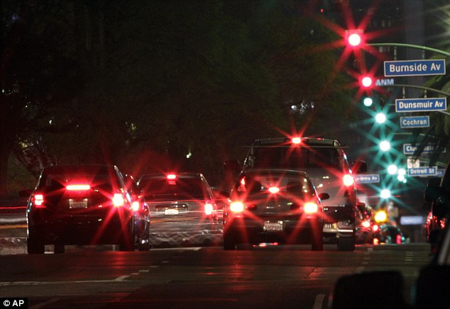 Real Traffic Light Night Los Angeles, Gridlock Capital Of America, Now Nation's