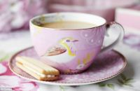 An end to the storm in a teacup? British scientists work ...