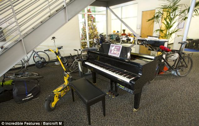 Google HQ even has a baby grand piano to practice a bit of Mozart on and get you're creative juices flowing