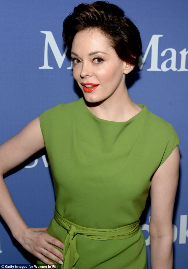 Rose McGowan Ditches Platinum Blonde To Return To Her