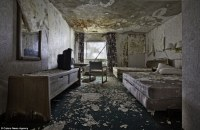 Abandoned America: Photographer captures haunting images ...
