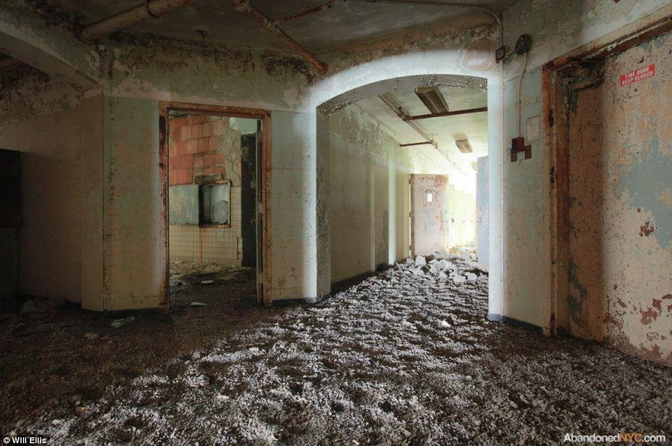 Abandoned Hospital Inside